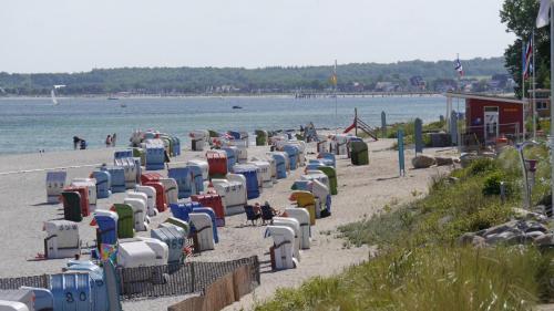 DLRG-Wachstation am Strand
